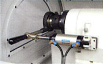economical power collet closer on the headstock of the cyclematic CT1118 cnc lathe